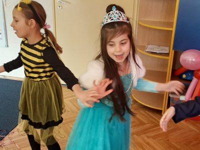 Bal karnawałowy – Pszczółka Maja